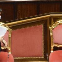 """Covid, Conte parla  al Senato: """"Niente lockdwon nazionale, ridurre le attività superflue...."""