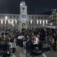 Padova, stop a spritz (e analcolici) in piazza