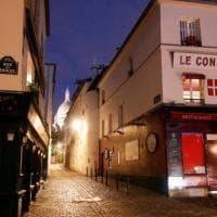 La Francia trema. Scatta il coprifuoco per due abitanti su tre