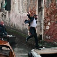 Mission Impossible si ferma a Venezia, dodici positivi al Covid. Focolaio raddoppiato in...