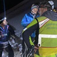 Valle D'Aosta, elicottero precipita sopra Cervinia: un morto e un ferito