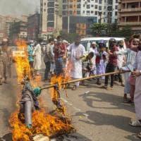 """Francia-Islam, dal Bangladesh alla Turchia proteste di piazza. """"Bisogna punire Macron"""""""