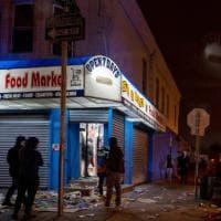 Usa, polizia uccide afroamericano: scontri a Philadelphia