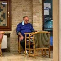 """Il ristoratore della foto simbolo: """"In settant'anni di lavoro, è il periodo più difficile..."""