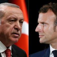La Turchia contro Charlie Hebdo per una vignetta su Erdogan, si aggrava la crisi...
