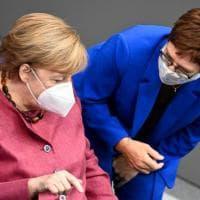 "Germania, Merkel avverte i tedeschi: ""Sarà un inverno difficile"""