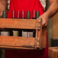 Molestie e richieste di favori sessuali, 21 donne contro l'élite americana del vino