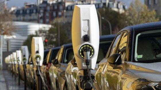 Il Covid non ferma l'auto elettrica, in Italia le immatricolazioni sono cresciute del 155%