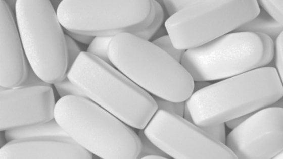 Boom per gli acquisti online di farmaci da banco: negli ultimi sei mesi su del 74%