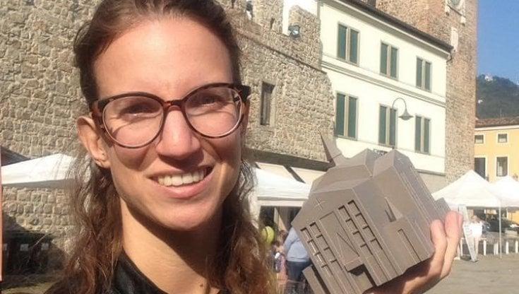 Giulia, l'influencer che sui social spiega il Covid e come difendersi