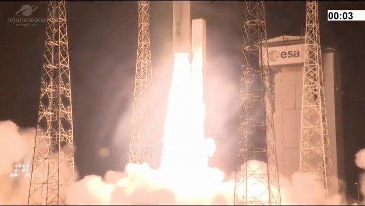 Spazio, flop europeo nel giorno del trionfo di Musk: fallito il lancio di Vega