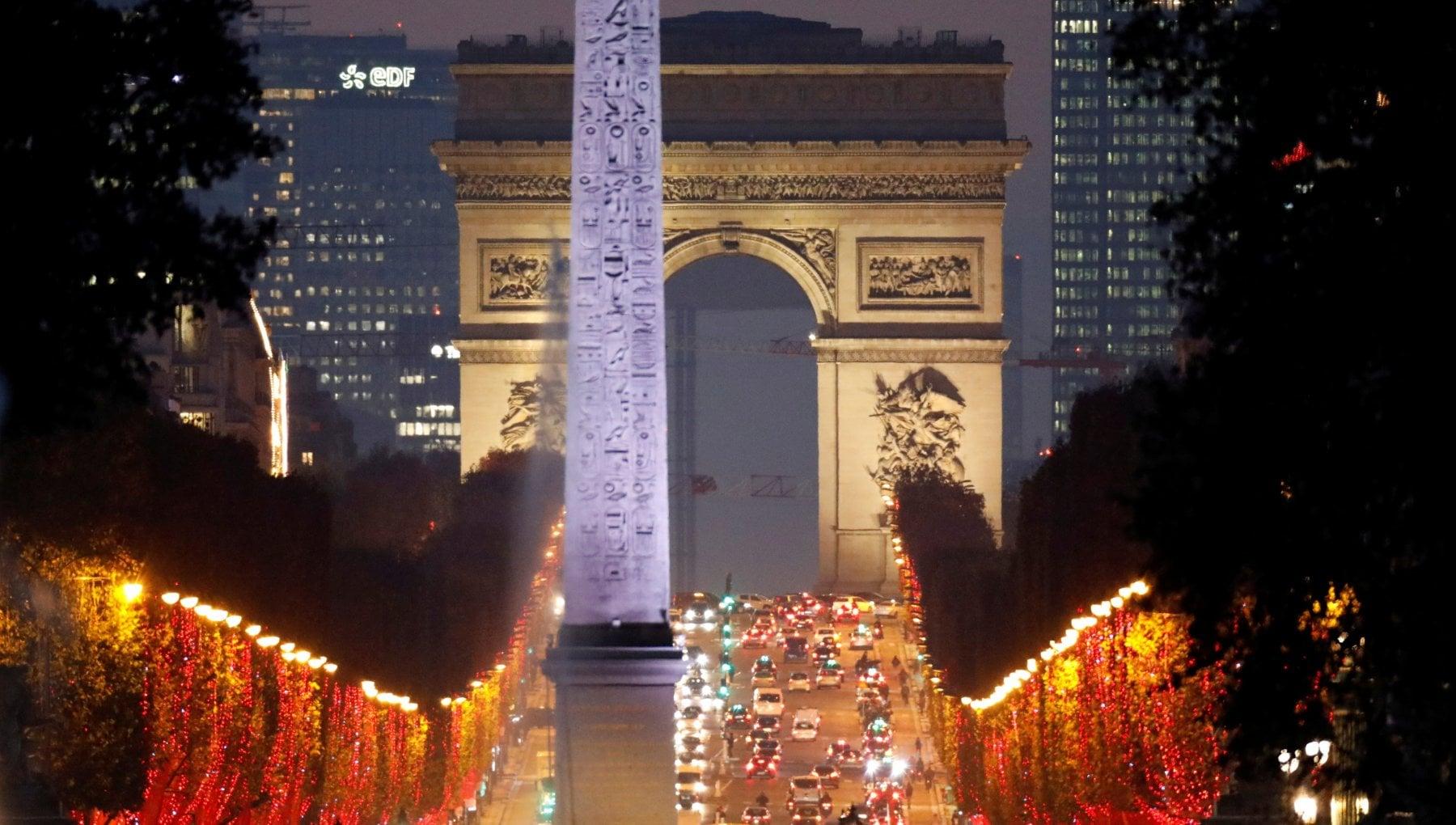 """233712949 40febeb0 81f5 4d7b 81bb 91f0ebd2faec - Covid, il """"mistero"""" di Parigi: così la Ville Lumière sta reggendo alla seconda ondata"""