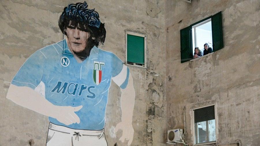 Cera una volta Maradonapoli, la città che vinceva con lamico geniale