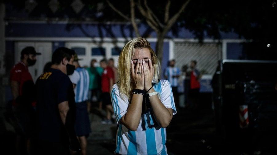 Speciale 10 in Condò: la morte di Diego Armando Maradona. Ascolta il podcast