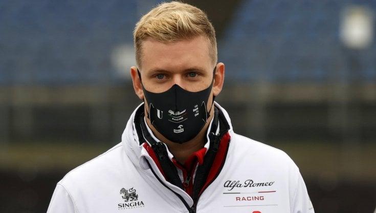 F2, Gp Bahrain: Mick Schumacher 7° in gara 2, titolo più vicino