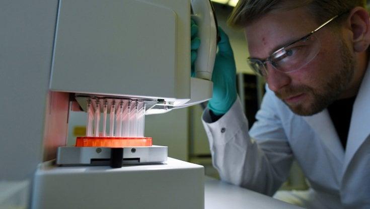 Test per il Covid abusivi: dai Nas 145mila euro di sanzioni ai laboratori irregolari