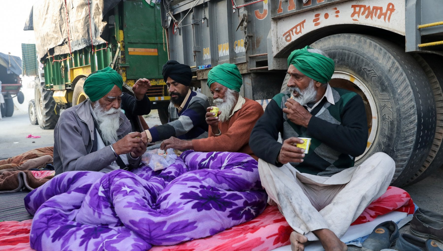 """181007100 e7142248 a88f 41f9 a5f9 211d9c693687 - India, contadini in rivolta contro la riforma di Modi: """"La liberalizzazione ci porta alla fame"""""""