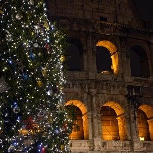 """235350441 f13fb90d ff79 4c48 9026 28482986465c - Il lockdown """"morbido"""" di Natale. Molti negozi aperti, mercati affollati e tutti in fila davanti alle pescherie"""