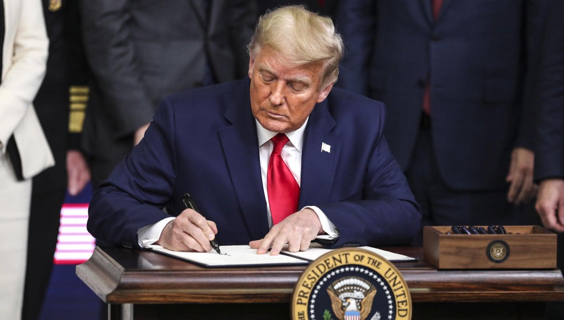020510841 c481f8da 307d 43cf a42e 5d61809bbde1 - Usa: schiaffo a Trump, la Camera approva la legge sulla difesa