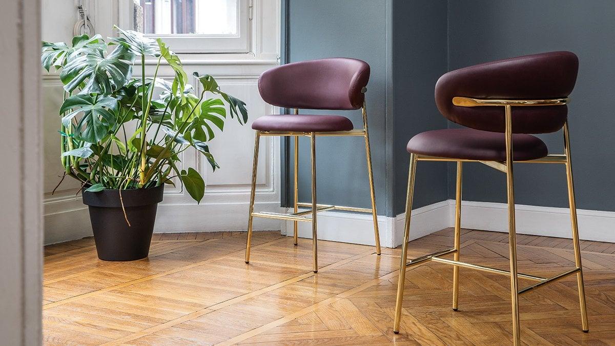 Sgabelli Colorati Interior Design.Alto Sexy E Informale Lo Sgabello Piace Di Piu La Repubblica