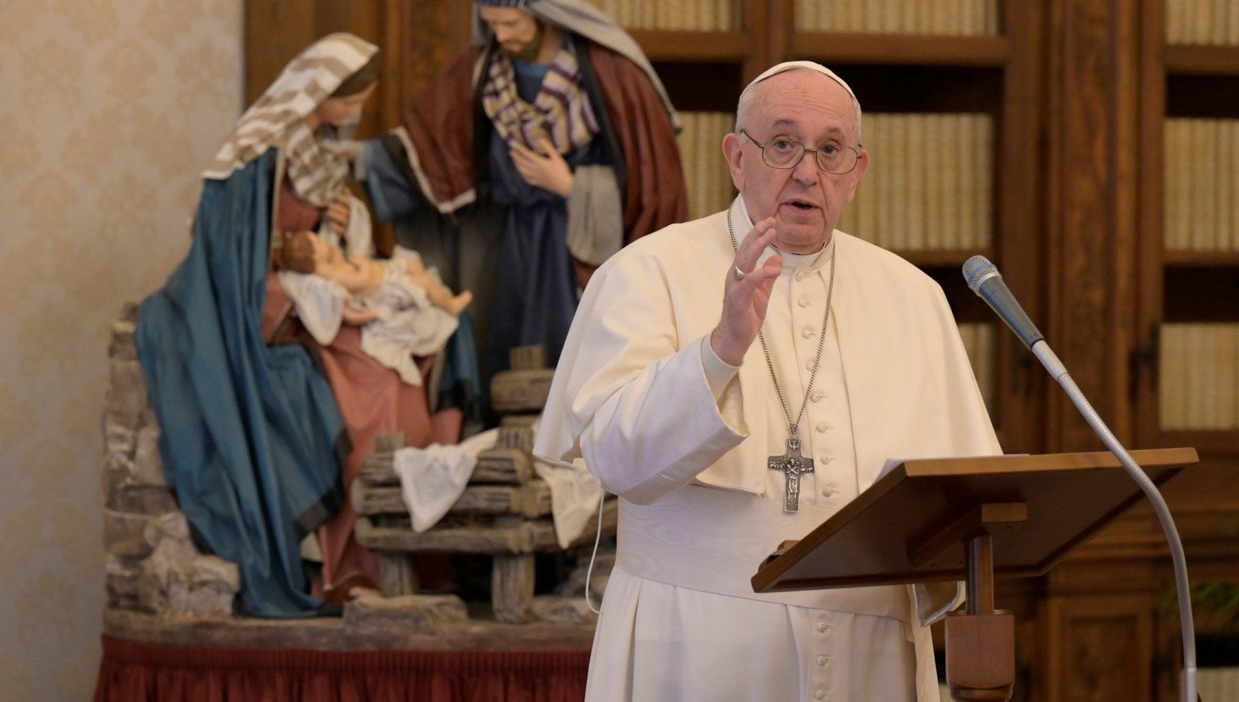 """130512025 89890fc7 5b47 4580 8169 24756525d9e8 - Il Papa: """"Mi addolora chi va in vacanza per sfuggire al lockdown"""""""