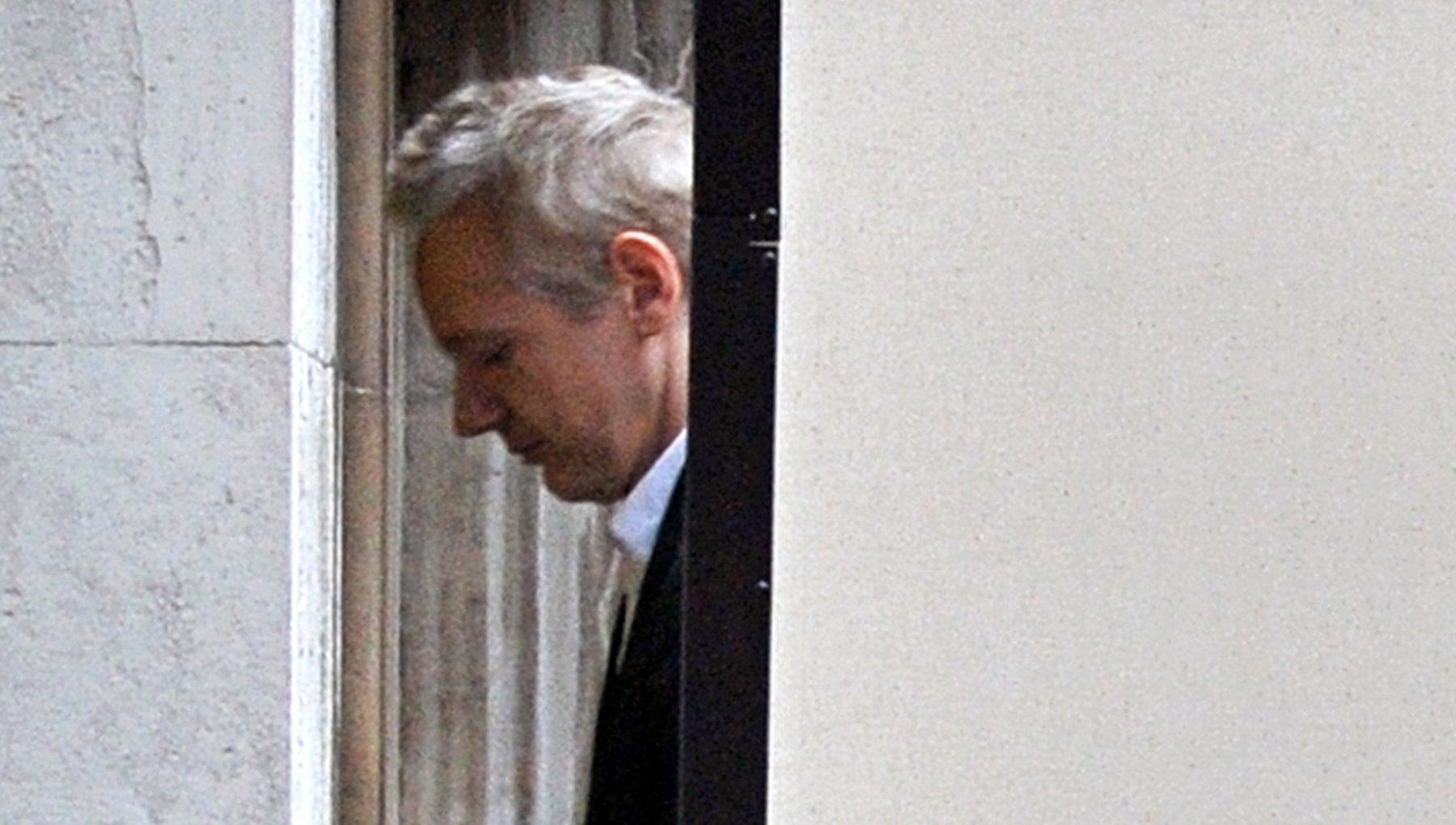 "222254297 3ee8aa64 a9ec 4126 81b4 08434122d3fb - Roger Waters: ""Oggi temo per Assange. Negli Usa sarà la sua fine"""