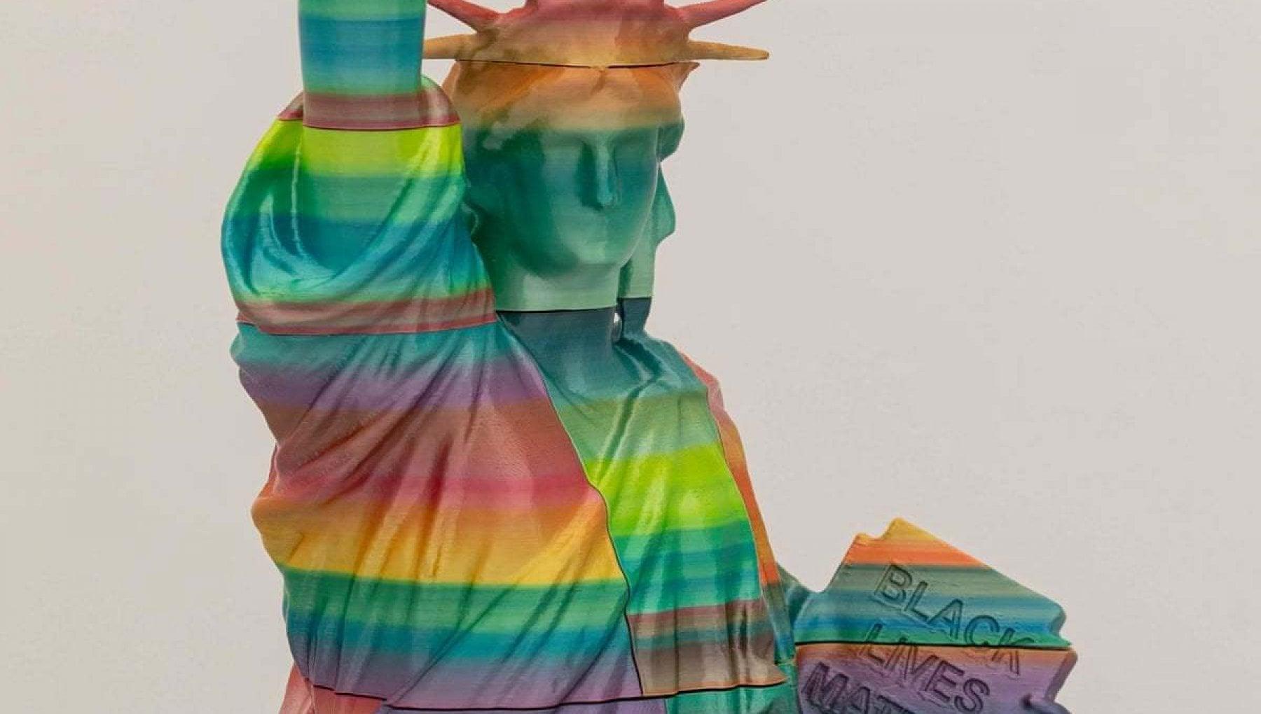 "115855348 5be0d90e 2cc8 4d85 960a b01de9ba4378 - Ungheria, il governo contro la scultura dedicata a Black Lives Matter: ""Movimento razzista"""