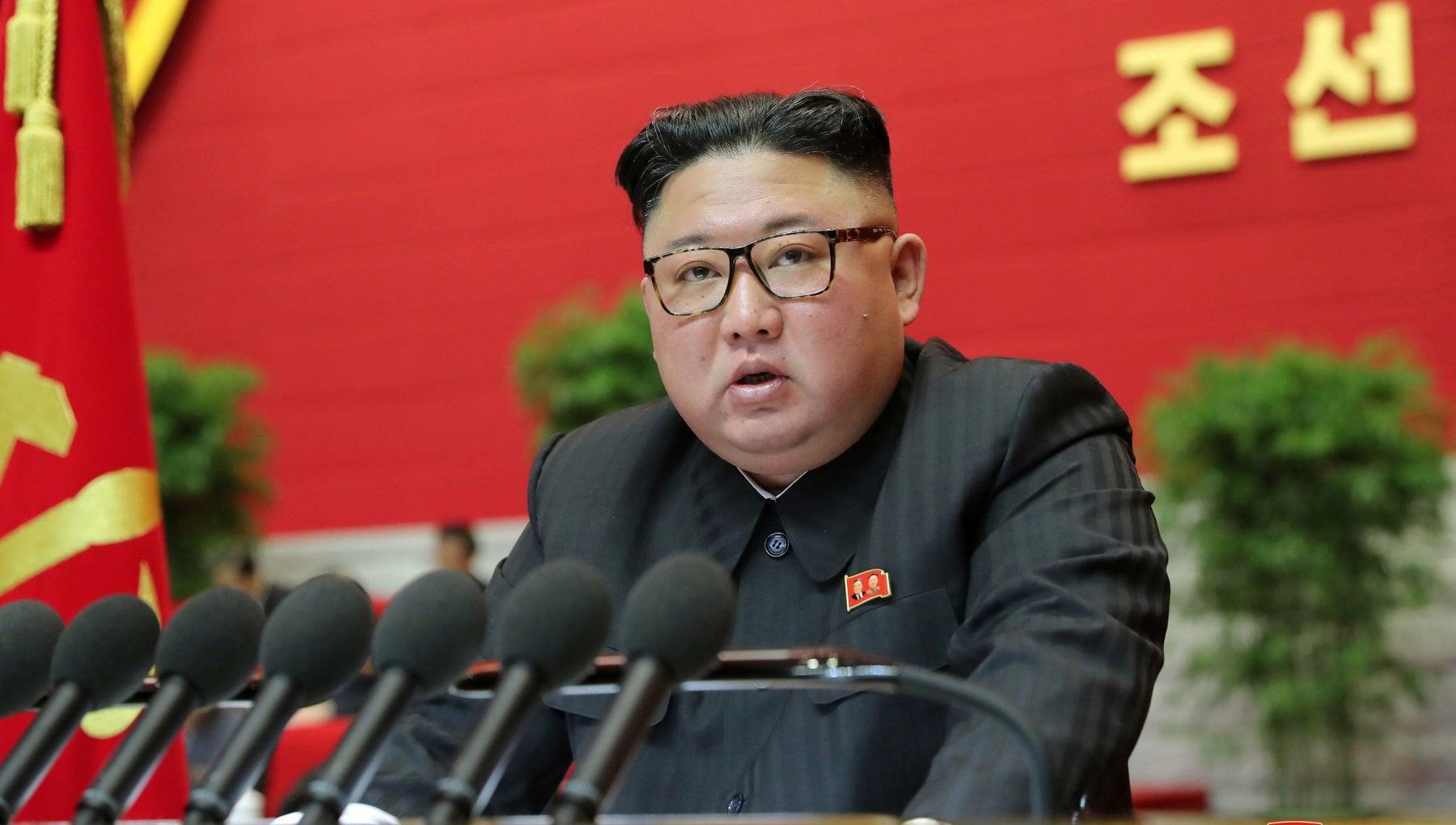 """012853327 6dc4b9f8 8750 4d12 8837 c1433154272b - Nord Corea, Kim: """"Completato piano per avere sottomarino nucleare"""""""