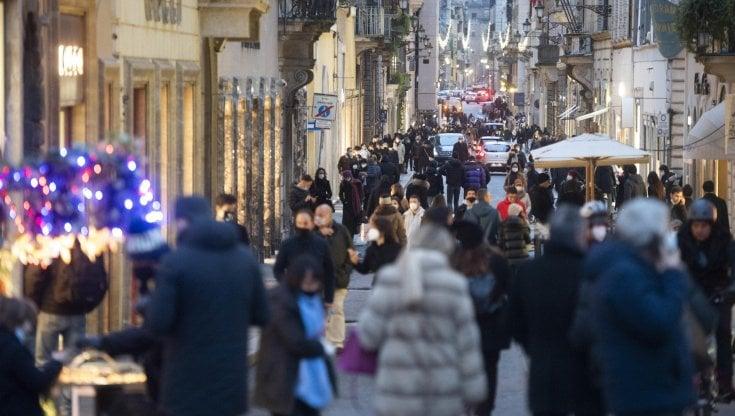 L'ira dei commercianti: «Persi 70 milioni» I costi di una settimana (di troppo) in zona rossa
