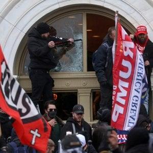 011048200 14f859ae d7f3 4c65 bca8 b7744dd98a81 - Stati Uniti, da Twitter e Facebook altro colpo ai sostenitori di Trump: bloccati migliaia di utenti
