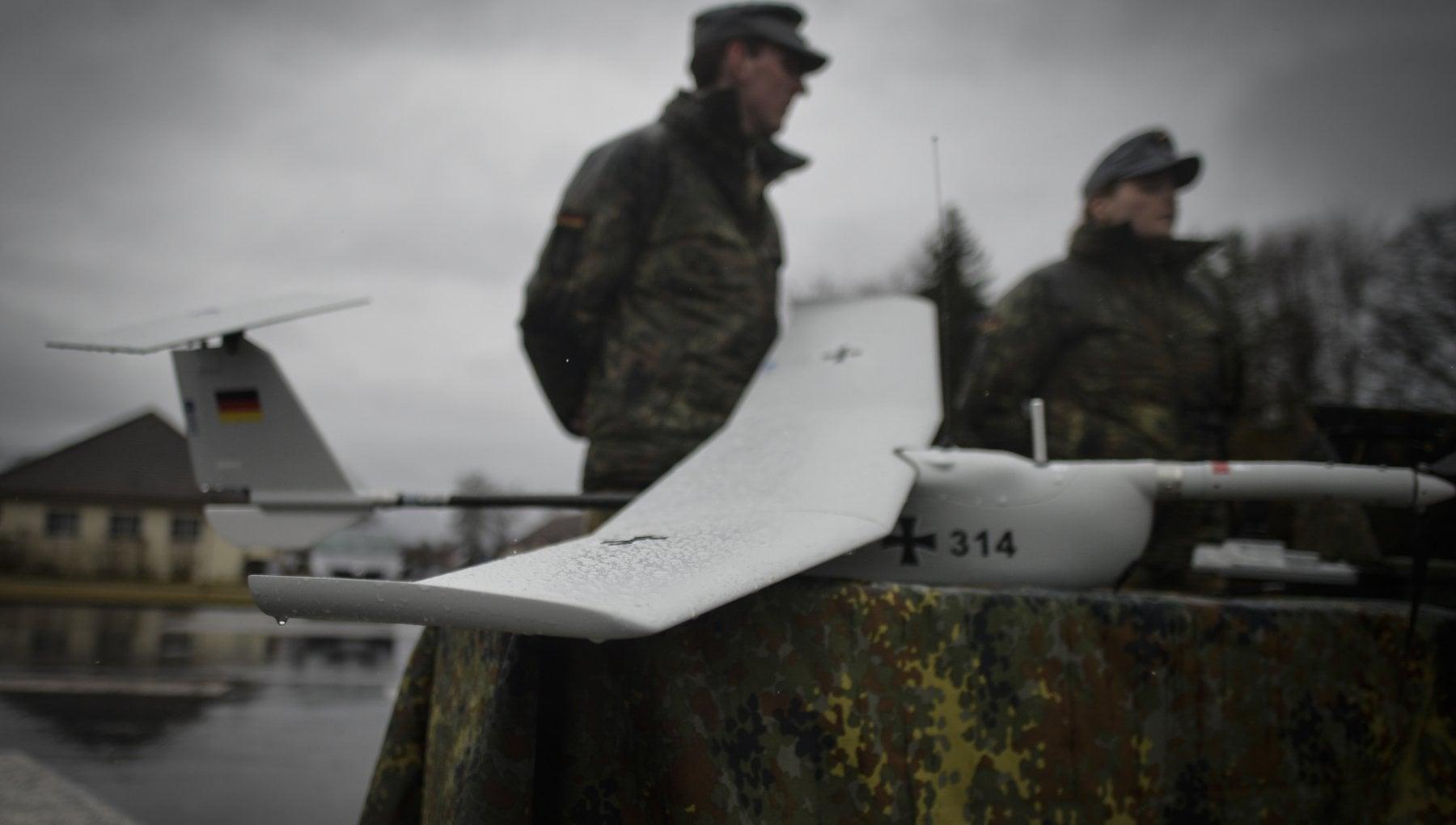 142102149 117cdfe8 d55d 40f9 a57a 134675610e34 - Si può uccidere con i droni? Il dibattito spacca la Germania