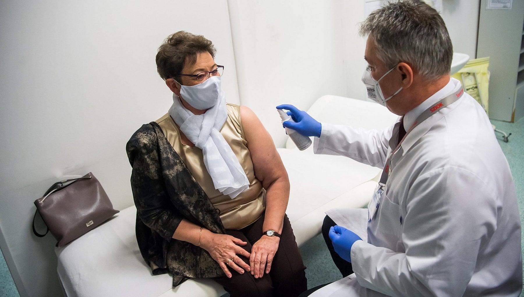 """172639697 85b301e0 30b6 4e66 9a98 12ef9b440d0a - Alessandro Siani: """"Troppe varianti del virus? I vaccini possono essere facilmente adattati alle mutazioni"""""""