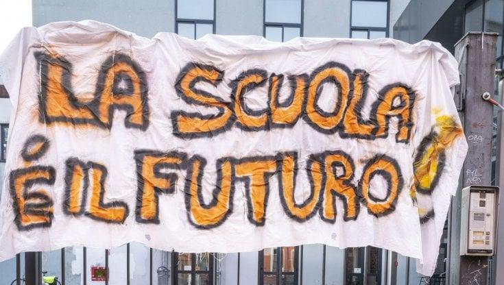Scuola, si riparte in quattro regioni tra paura e proteste