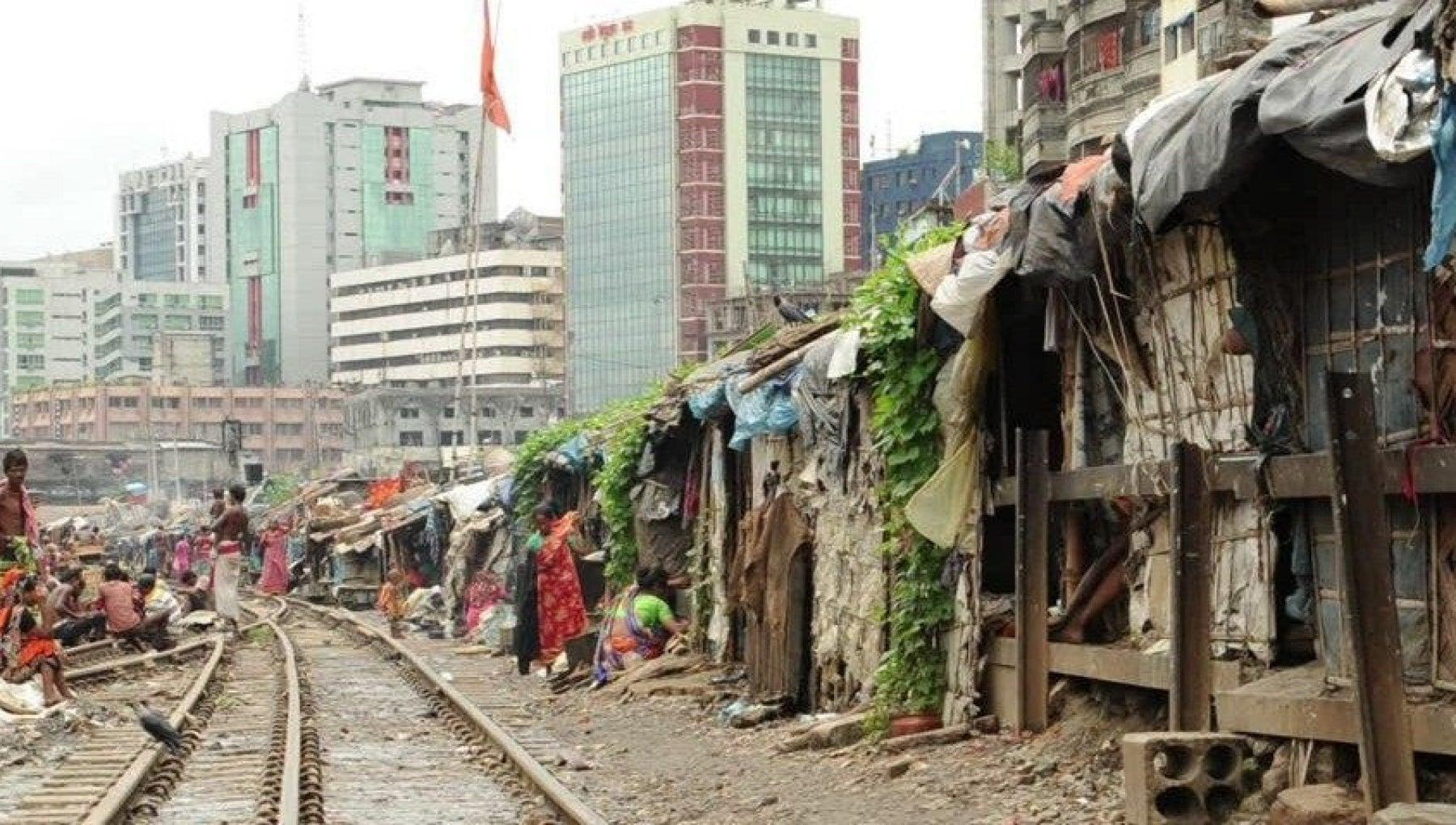 Povertà, Banca mondiale: 1,5 milioni di thailandesi sono i nuovi indigenti per la pandemia