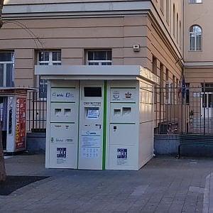 Genova punta sugli eco-compattatori per la plastica