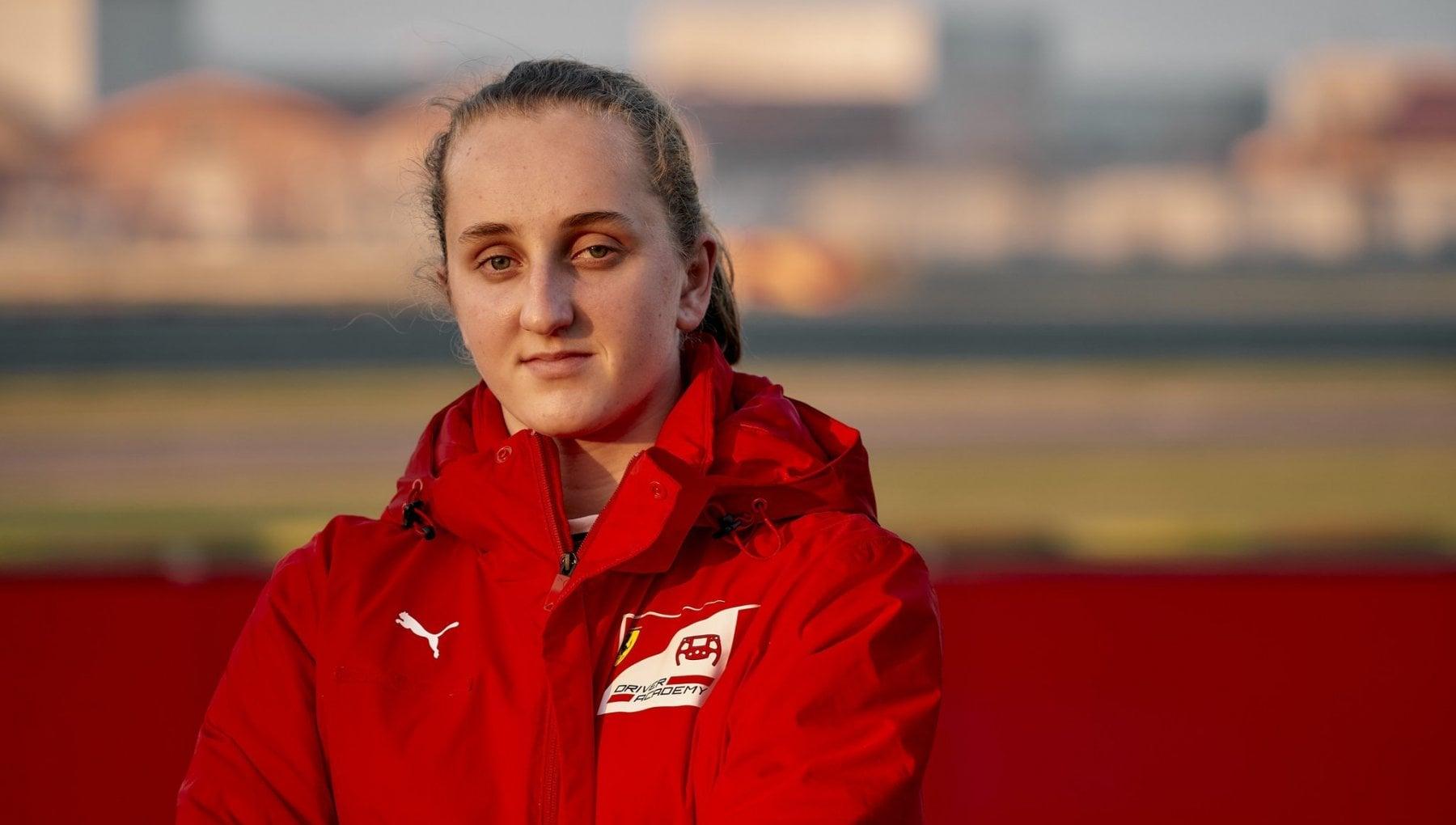 Maya Weug nell'Academy Ferrari, prima pilota donna della Scuderia