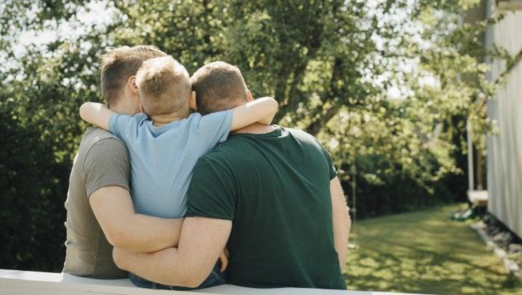 Coppie gay, il figlio avrà la pensione del secondo papà