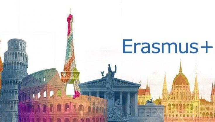 Erasmus, in sette anni mobilitati dall'Italia 242 mila studenti e 23 mila insegnanti