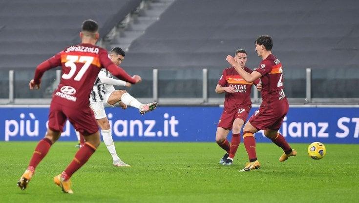 Cristiano Ronaldo porta in vantaggio la Juventus: 1-0