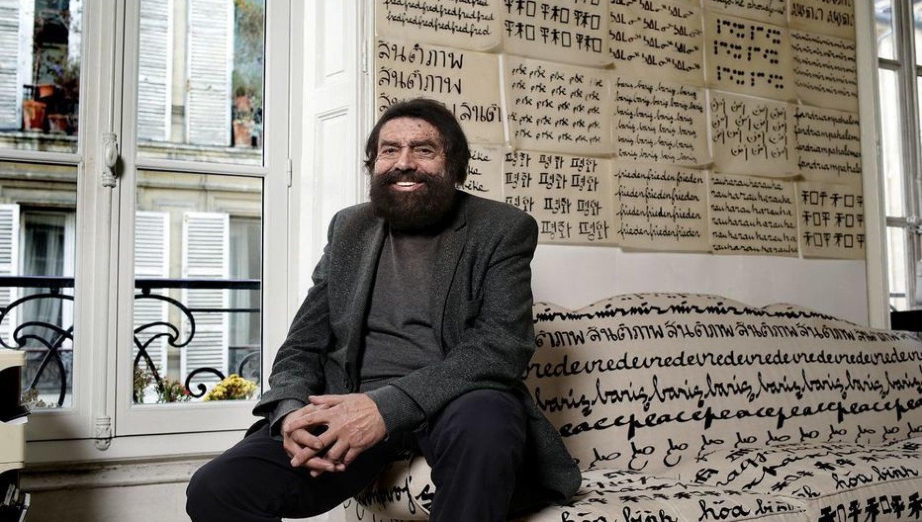 120707341 158f4402 64bc 4172 8c35 2fd1dbca1232 - Parigi, aggredito a casa sua lo scrittore ebreo Marek Halter
