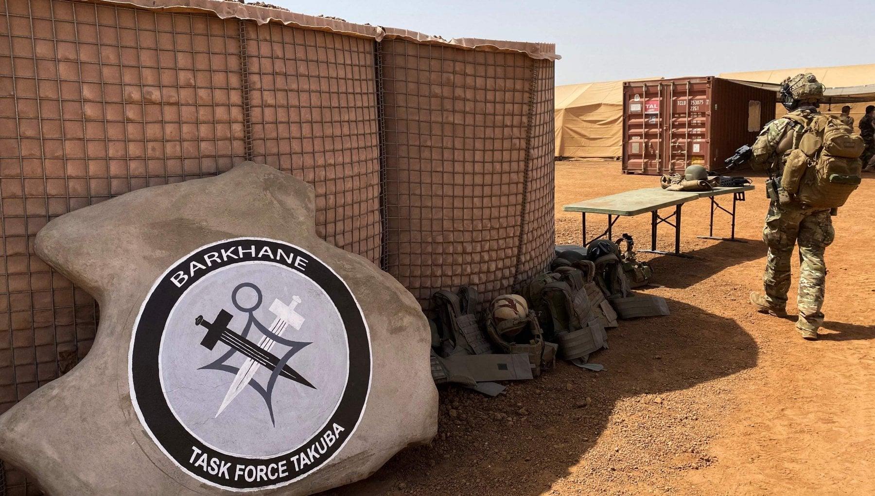 """112006549 e07c7ee6 a7d9 4859 b94b 6ddf99c9b659 - Sahel, il dilemma della Francia: trattare con i """"terroristi""""?"""