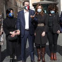 Lega, dall'Europa alla pandemia fino ai migranti, il controcanto di Salvini che stressa...