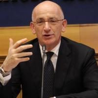 Sottosegretario alla Giustizia: Sisto, il super falco garantista Berlusconiano doc, suo...