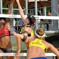 Qatar, la vittoria delle atlete: sì al torneo di beach volley in bikini