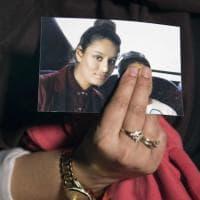 """Shamima Begum, la """"sposa dell'Isis"""" non potrà tornare nel Regno Unito"""