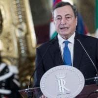 Sondaggi, Draghi il più citato dai mezzi di informazione: ben 2 volte al minuto negli...