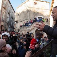 """Calabria, elezioni regionali. Mimmo Lucano capolista al fianco di De Magistris: """"Il suo..."""