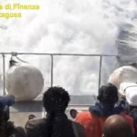 """Migranti, il report di Mediterranea: """"Cinquemila sbarchi in due mesi, 3 naufragi a..."""