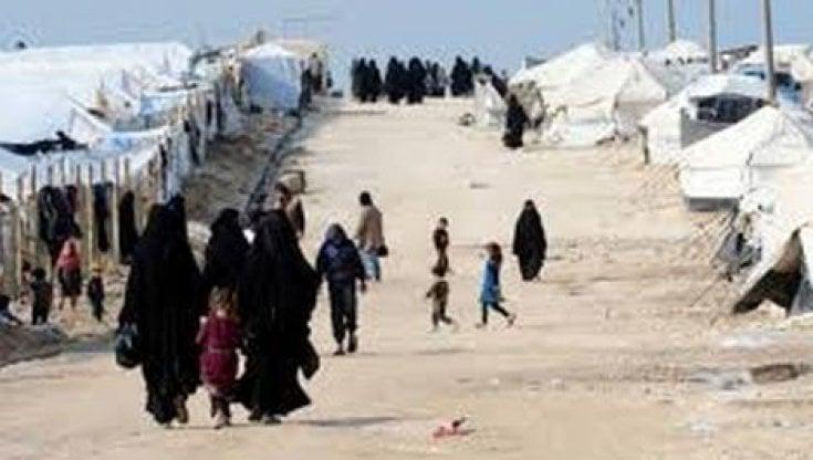 Siria, la rischiosa insicurezza nel campo di Al-Hol: ucciso un membro dello  staff di MSF - la Repubblica