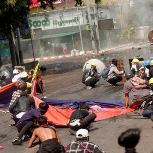 192701199 defb526c 6eb2 4415 a2af 3e59fde7194f - Myanmar, ora è guerra civile: attacco alle fabbriche cinesi. E le minoranze armate scendono in campo
